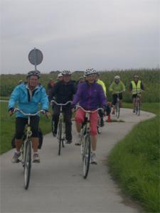 Downloaden van mooie fietstocht door onze omgeving kan op onze site.